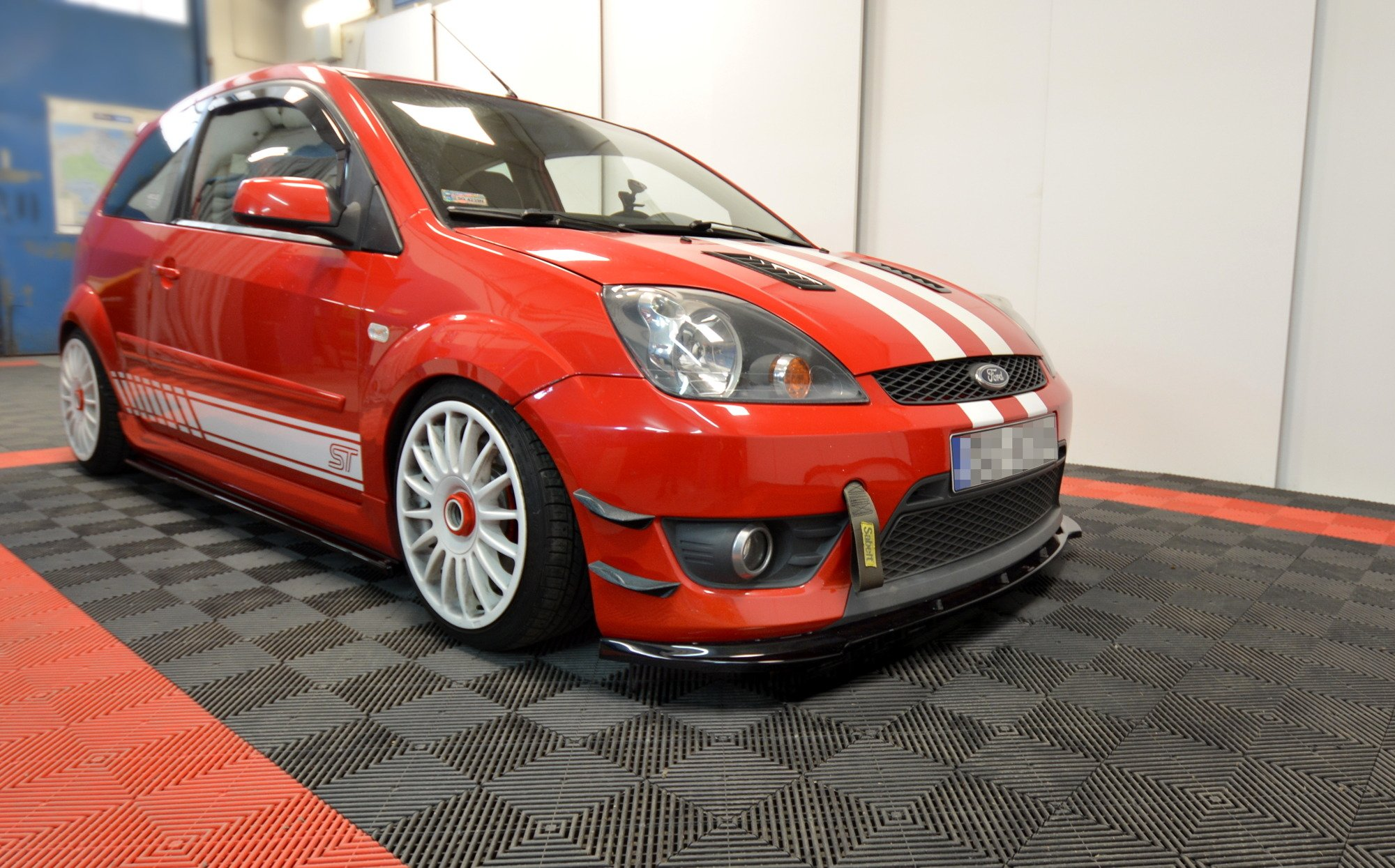 Front Bumper Wings Canards Ford Fiesta St Mk6 Our Offer Ford Fiesta St Mk6 2004 2008 Maxton Design