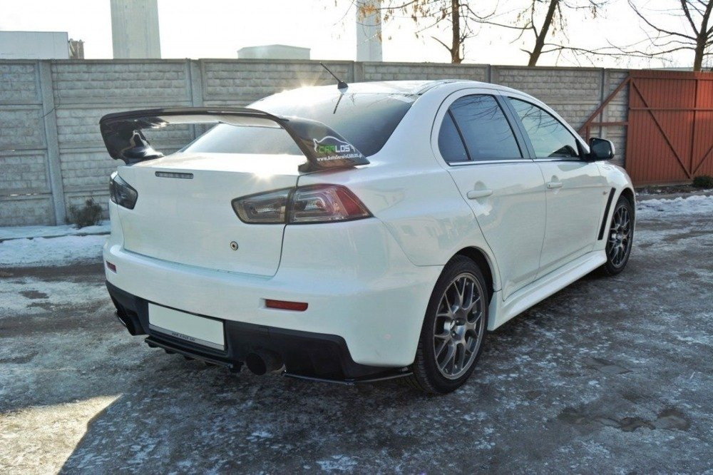CENTRAL REAR SPLITTER Mitsubishi Lancer Evo X (with vertical bars)
