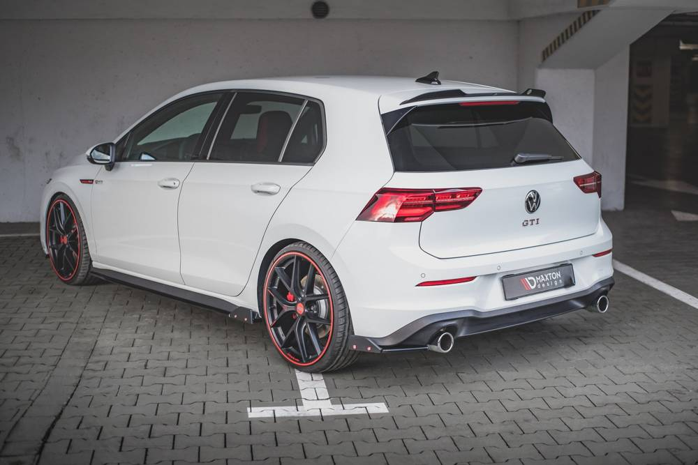 Rear Side Splitters + Flaps V.2 Volkswagen Golf 8 GTI