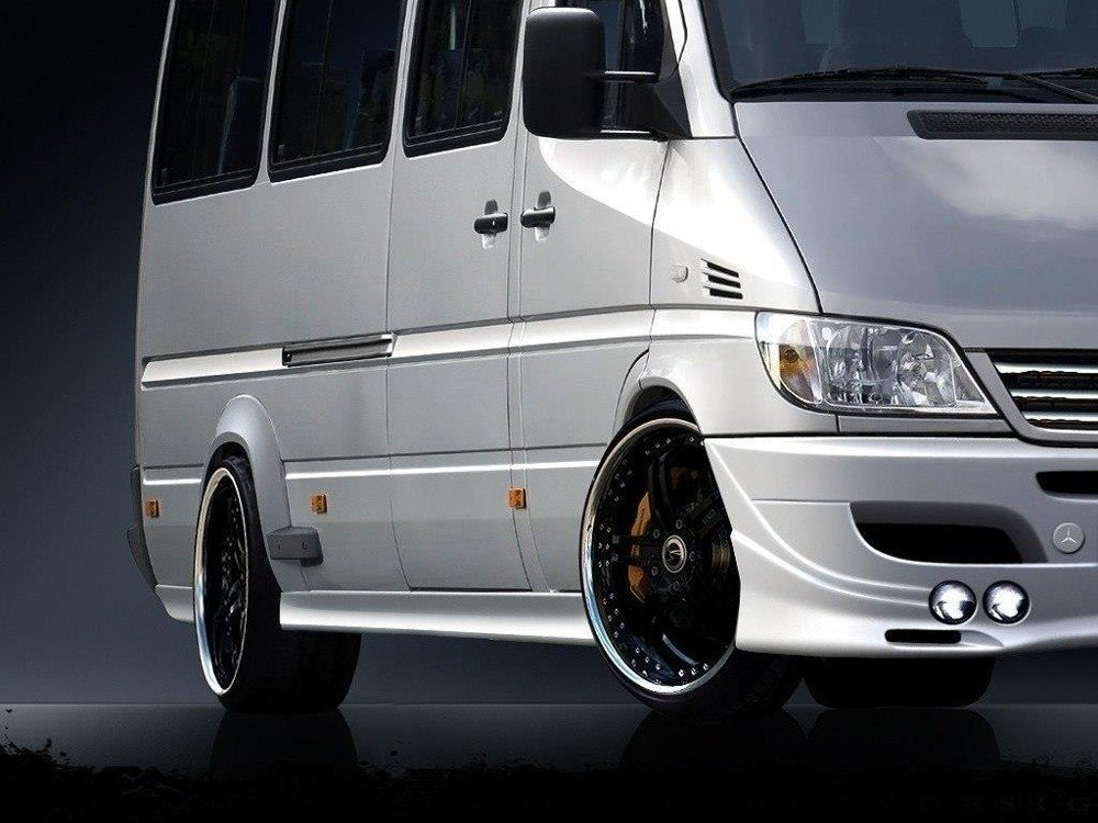 SIDE SKIRTS SPRINTER 1996-2006 - DIFFERENT SIZES (4 ELEMENTS). THIS SIDE SKIRTS FITS TWIN WHEELS VERSION.